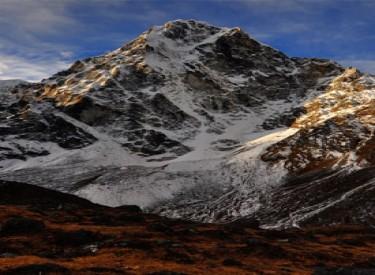 Cholatse Expedition